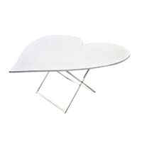 Table forme cœur